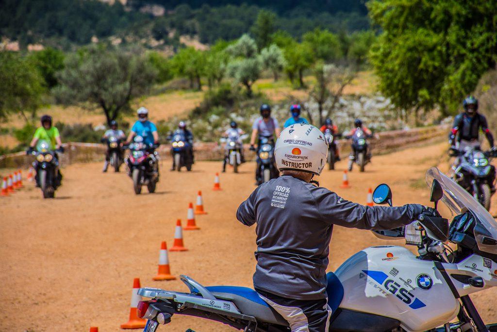 Quienes Somos - Escuela Moto Trail - Viajes Moto Trail - Enduro